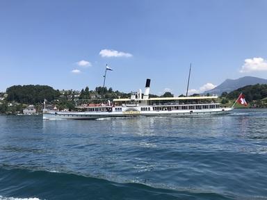 スイスの船.JPG