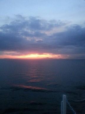 船から見た夕日.JPG